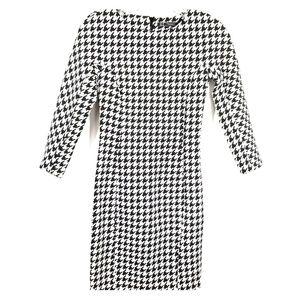 Trafaluc Zara black &white geometric design dress